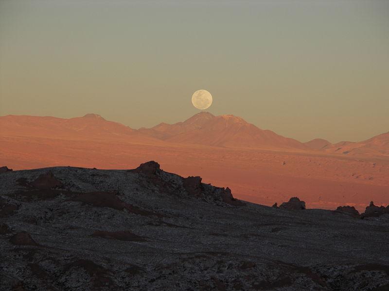 800px-Mondaufgang_im_Valle_de_la_Luna
